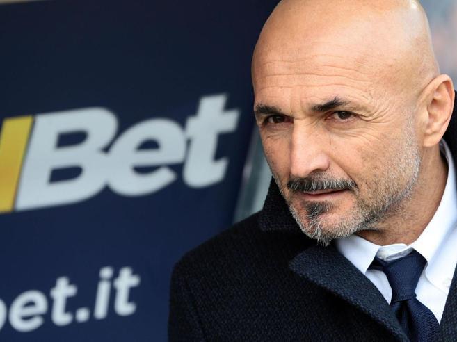Inter ancora contestata e Icardi preoccupa per i guai al ginocchio