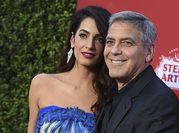 George Clooney e Amal Alamuddin donano 500mila dollari al movimento anti-armi