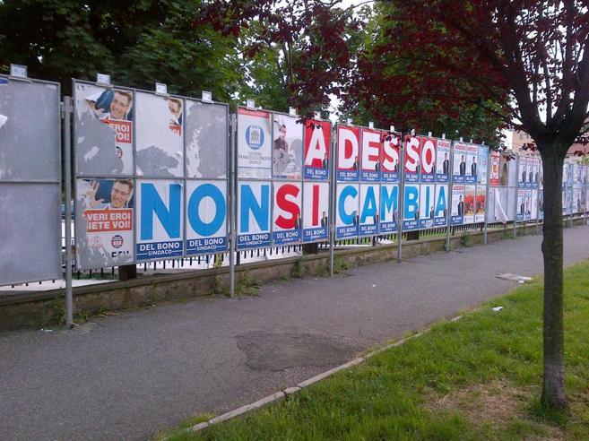 Perugia, militante di Potere al Popolo accoltellato mentre a