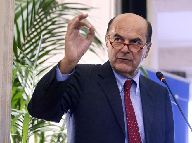 Bersani: «Prodi sbaglia, Gentiloni  è la    sfumatura del renzismo»