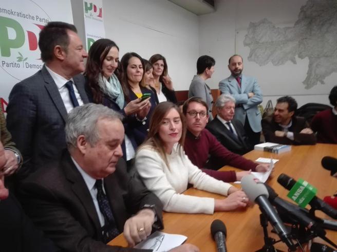 Bolzano, il Pd si spacca: «Boschi candidata dall'alto». Fuori in 14