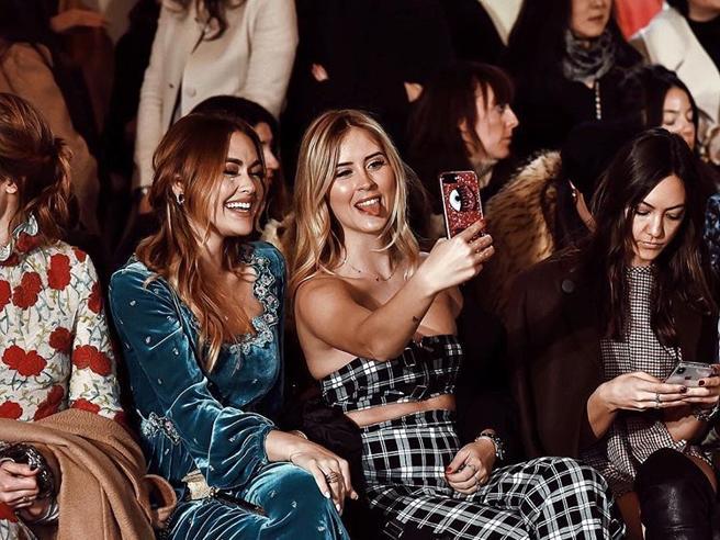 Chiara Ferragni assente alla Fashion Week «delega» la sorella Valentina
