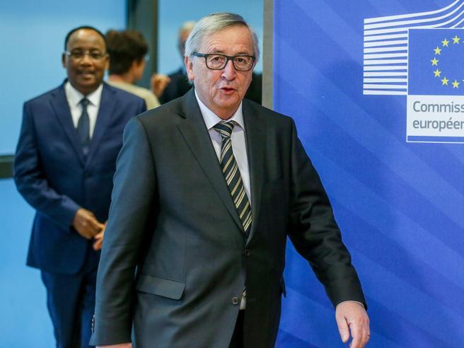 «In Italia ci sarà  governo non operativo» E Juncker  spaventa i mercati, spread su