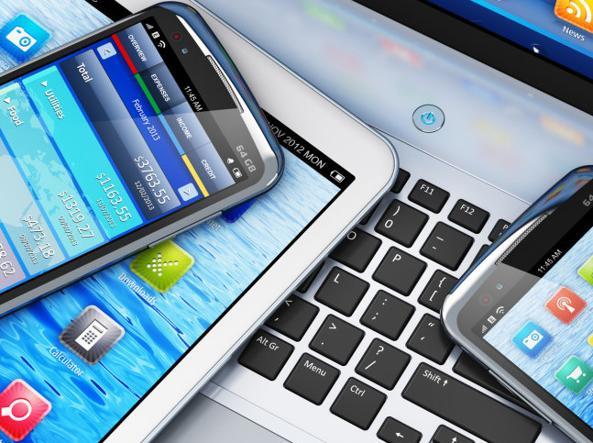 Telefonia: Altroconsumo, troppi costi nascosti