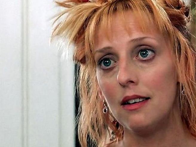 È morta a 53 anni Emma Chambers, la sorella di Hugh Grant in «Notting Hill»