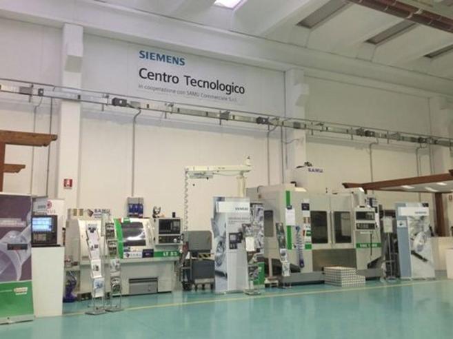 Siemens,   la fabbrica hi tech dove si insegna Industria 4.0