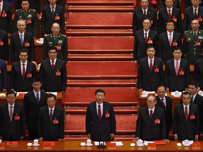 Xi Jinping presidente finché vorrà