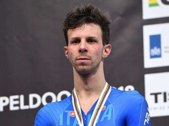 Mondiali su pista, Ganna vince l'oro nell'inseguimento uomini