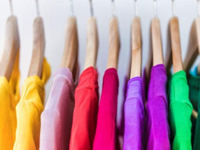 Ecco 10 modi in cui i vestiti possono «compromettere» la salute