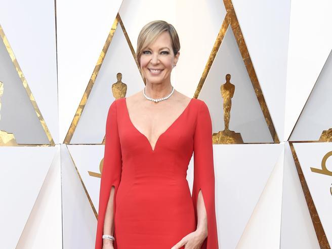 Oscar 2018, sul red carpet esplode il colore (nei look)