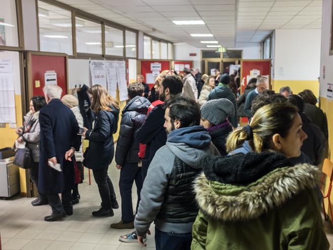Elezioni 2018, i risultati: M5S primo partito, nel centrodestra la Lega supera FI -  Lo spoglio in tempo reale