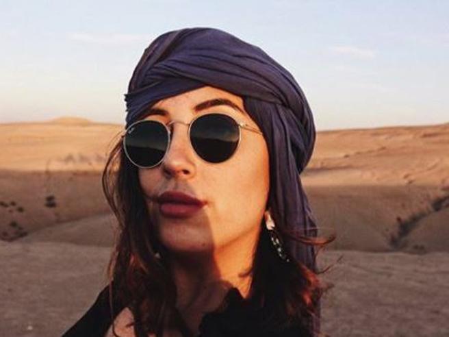 Voleva diventare una star su Instagram, spende tutto e finisce travolta dai debiti