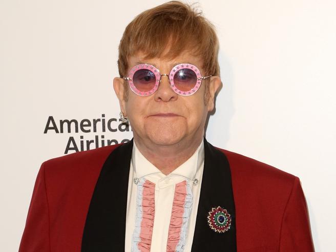 Elton John, doppia data italiana: 29 e 30 maggio 2019 all'Arena di Verona