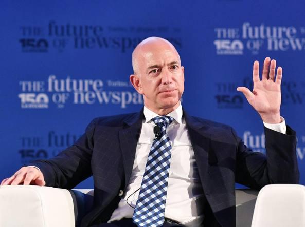 Forbes incorona Bezos, e' paperone mondo