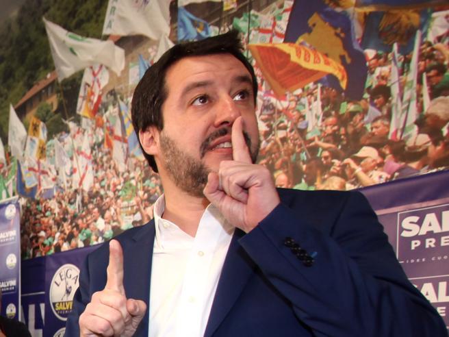 La mossa di Salvini: «Pronti ad accogliere la sinistra che guarda alla Lega» Video