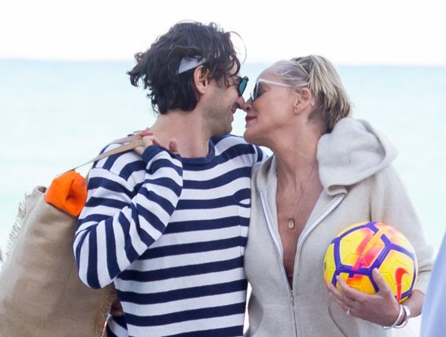 Sharon Stone,  amore a Miami con l'imprenditore Angelo Boffa
