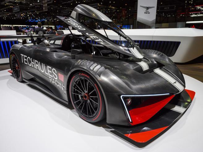 Elettriche: a 412 km/h senza rumore Le supercar a emissioni zero di Ginevra
