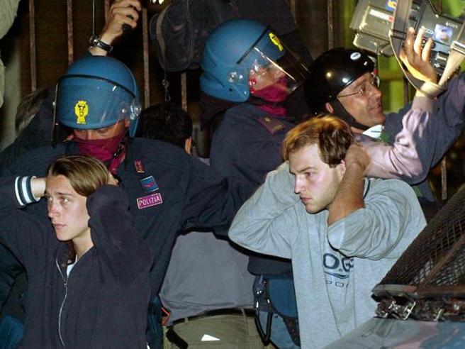 G8, la Corte europea dei diritti dichiara ammissibile il ricorso per i poliziotti della Diaz
