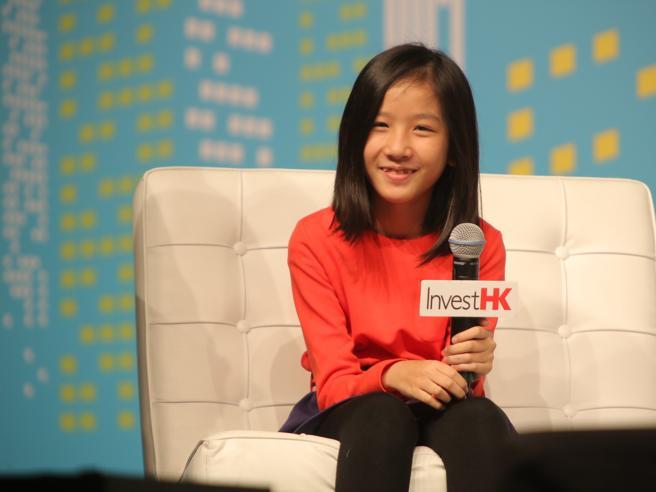 A Hong Kong l'imprenditrice più giovane del mondo: la storia della 13enne Hillary e della sua app