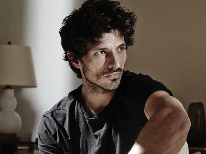 Andrés Velencoso cambia carriera a 40 anni: da modello ad attore