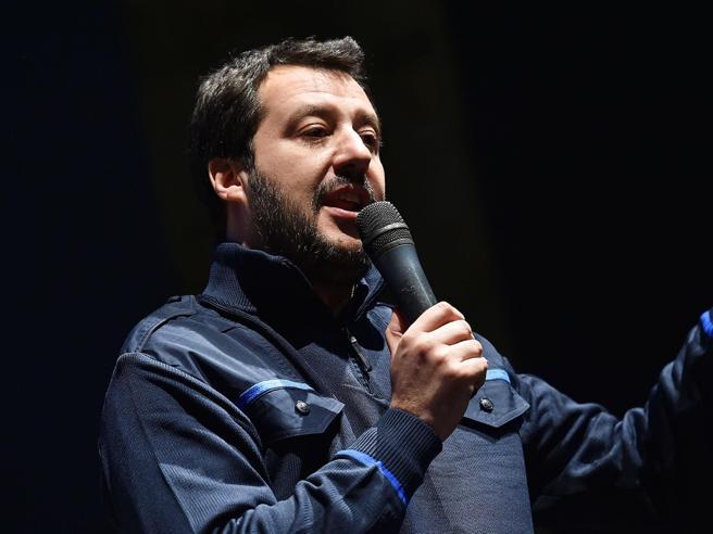 Salvini sfida Bruxelles: meno tasse e manovra opposta a quella della Ue