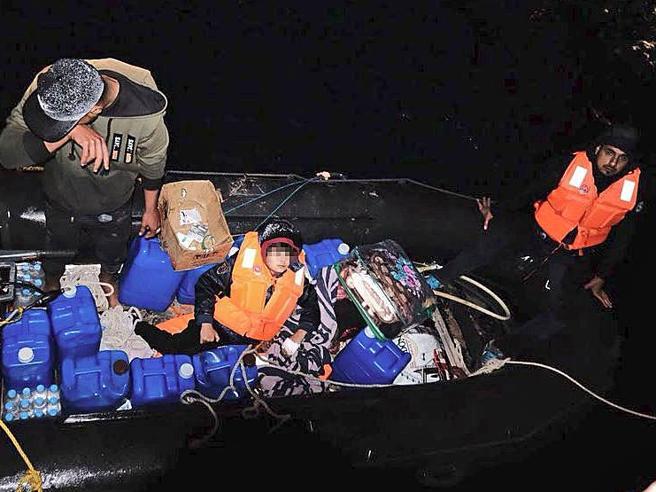 In fuga dalla Libia per salvare il fratellino malato di leucemia