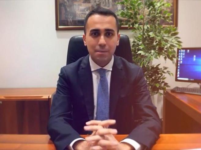 Di Maio su Fb: «No governo  senza di noi»Ai nuovi 5 Stelle: non parlate con nessunoSalvini ai suoi: «Mai vistosi»|Neo-leghisti