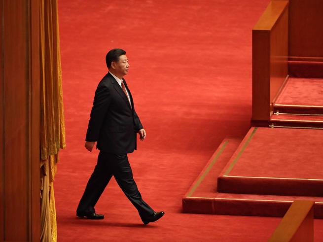 Xi Jinping presidente a vita, arriva il sì del CongressoOra è più potente di Mao