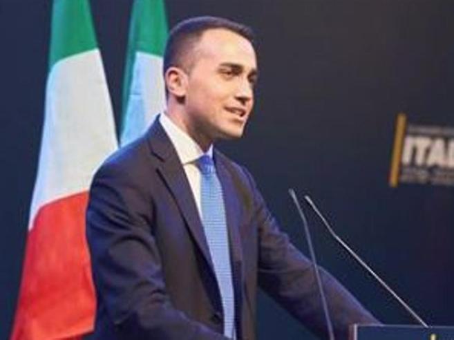 Di Maio: «Pronti al confronto con tutti»Salvini: «Ma non inventiamo minestroni»