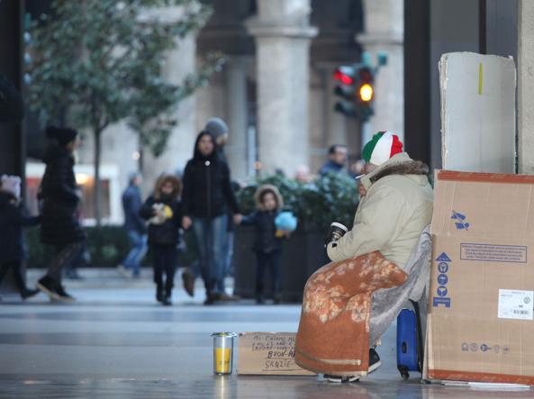 Banca d'Italia: nel Paese sale la povertà Una persona su quattro è a rischio Ricchezza in mano al 5% di