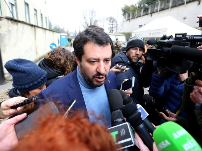 Salvini: «Un governo Lega-Cinque Stelle?Sicuramente non con il Pd, poi si vedrà»