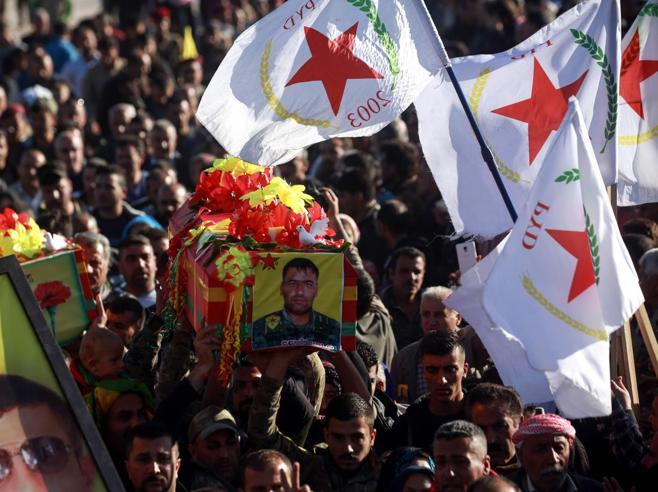 Siria, Erdogan esulta: «Presa Afrin, via i curdi»Ma i  curdi smentiscono