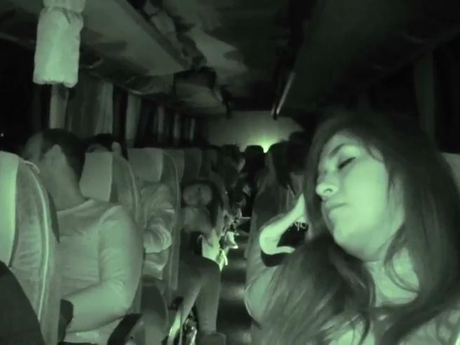 Sui «bus to go» la meglio gioventù del Sud, che spera in un concorso | La videoinchiesta