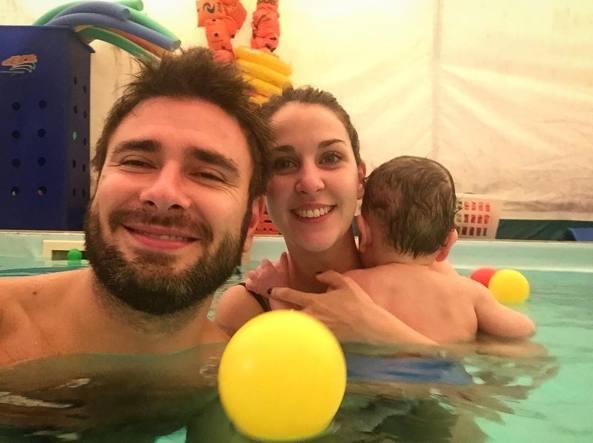 Piscina pannolini e tv dopo le elezioni il dibba solo privato - Pannolini da piscina ...