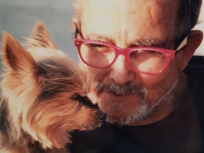 Sassari, «Sono morto, peccato»: ex infermiere firma il suo necrologio