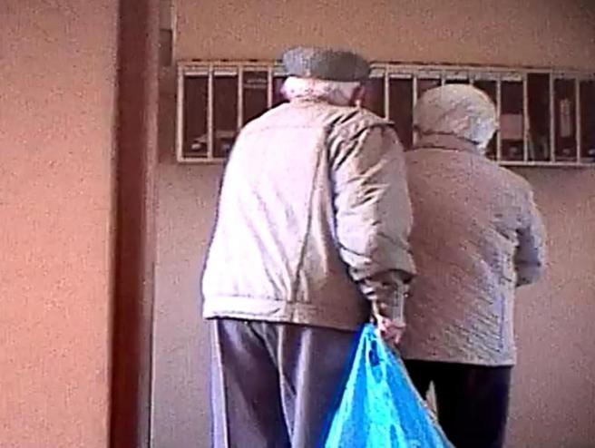 Palazzo  5 anni senza posta: presi  i ladri-pensionati|Video|Foto
