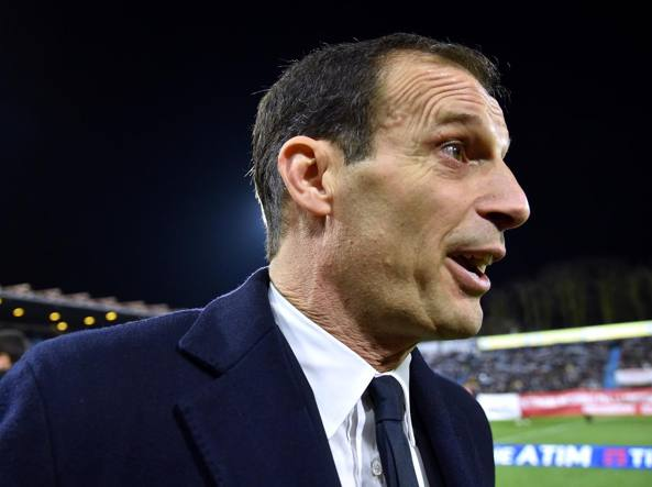 Panchina d'oro: Allegri premiato a Coverciano come miglior allenatore VIDEO