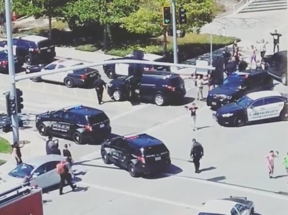 Denuncia censura, una 38enne spara nella sede di Youtube e si suicida