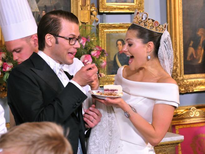 Matrimoni: 30 foto iconiche dei più celebri royal wedding