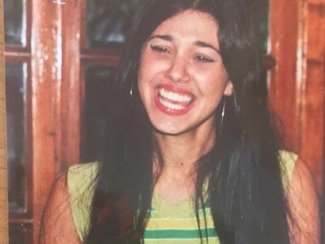 Belen Rodriguez a 16 anni scatena il web