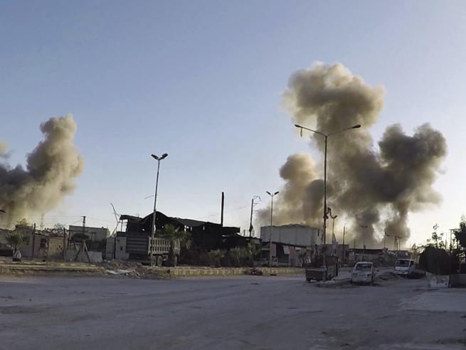 Siria,   100   morti. «Un attacco chimico» Trump: Assad animale, Putin complice