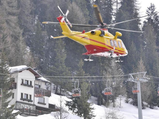 Dramma al corso per scialpinisti, 2 morti uccisi dalla valanga