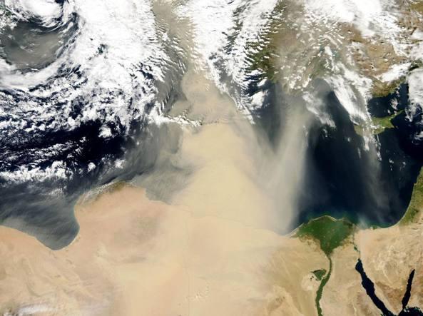 Meteo in Sicilia, week end con caldo, vento e sabbia del deserto