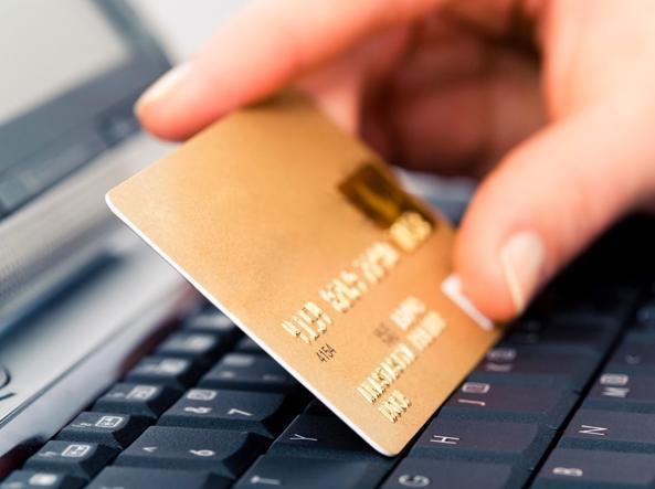 Carte di credito, basta firme