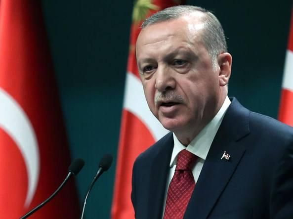Turchia, l'annuncio di Erdogan: elezioni anticipate il prossimo 24 giugno