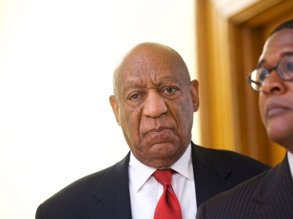Usa, Bill Cosby colpevole violenza sessuale contro donna nel 2004
