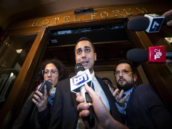 Civitavecchia, Cozzolino nel post-spettacolo di Grillo: 'Un vero piacere confrontarmi con Beppe'