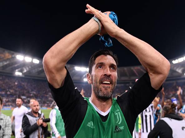 La lettera di Totti a Buffon dopo l'addio alla Juventus
