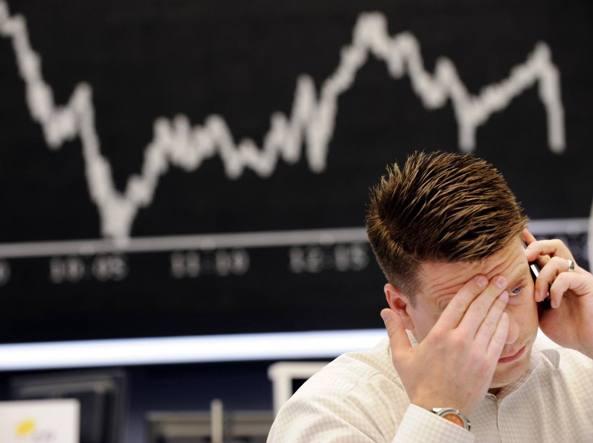Borsa, Milano in pesante calo -1,87% e spread balza 143 punti