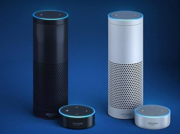Amazon: Alexa, l'assistente domestica virtuale registra conversazione privata